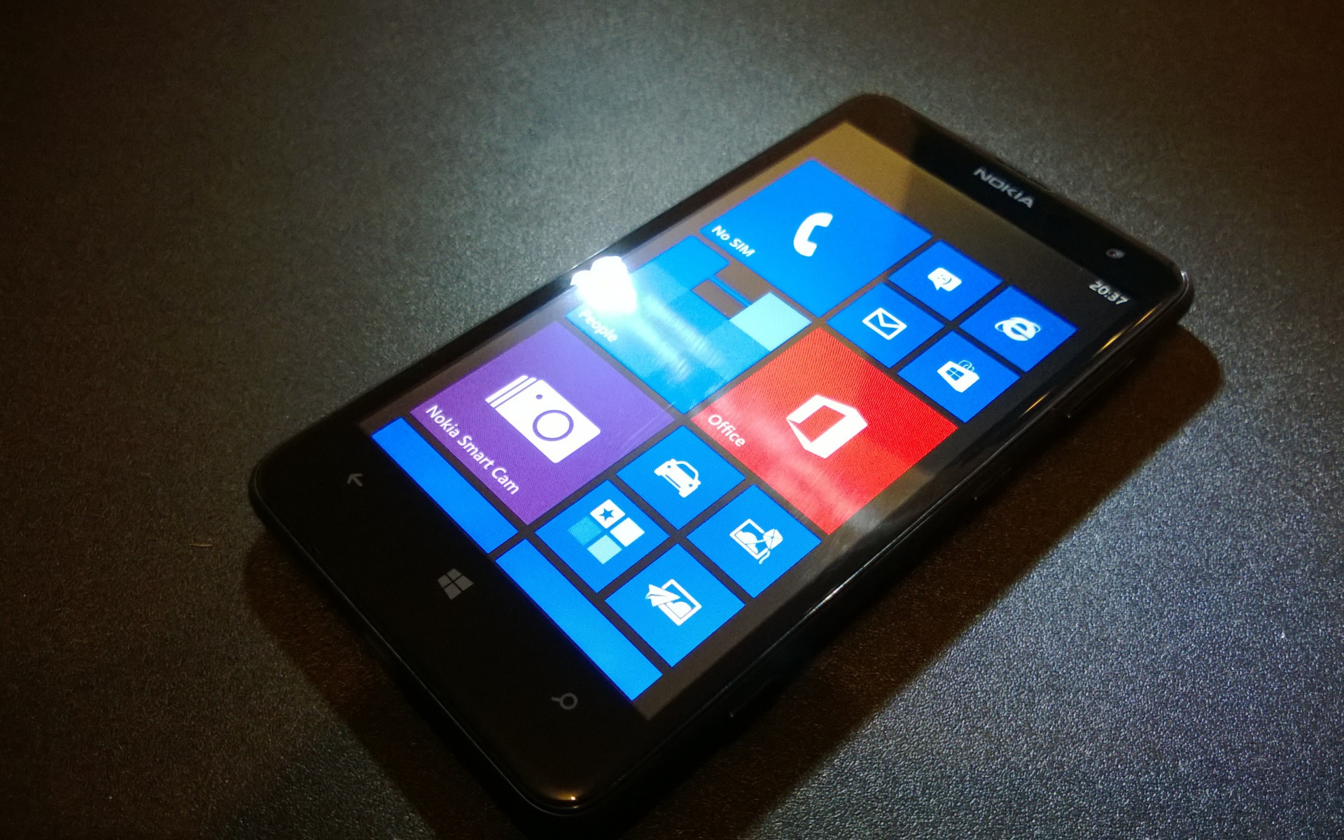 Hi-Tech обои - Nokia Lumia 625