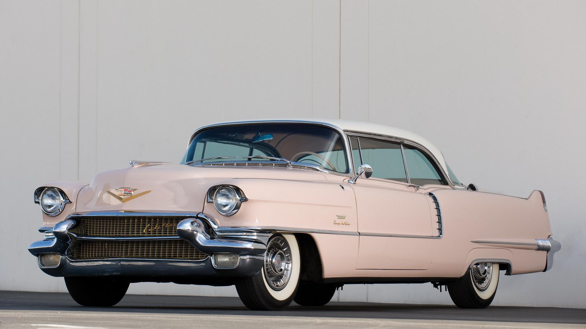 Розовый Cadillac Series 62, скачать обои на телефон автомобили