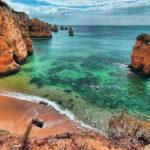 Пляж в Португалии (морское побережье)