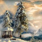 Беседка в горах зимой