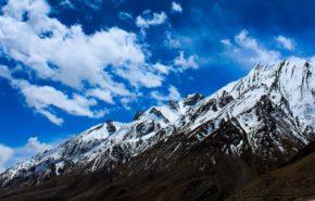 зима, снег, горы, вершина, пик, облака, небо, обои hd